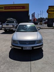 1998 Volkswagen Passat Silver 5 Speed Sports Automatic Sedan.
