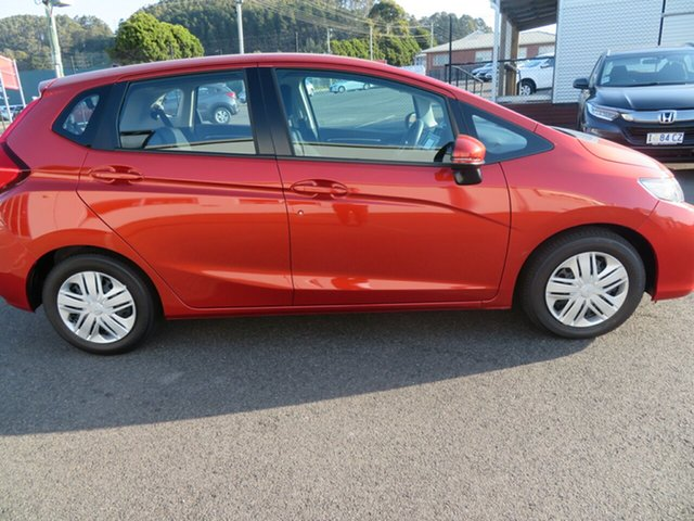 Demo Honda Jazz GF MY20 VTi, 2019 Honda Jazz GF MY20 VTi Phoenix Orange 5 Speed Manual Hatchback