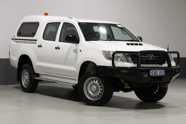 Used Toyota Hilux KUN26R MY12 SR (4x4), 2014 Toyota Hilux KUN26R MY12 SR (4x4) White 5 Speed Manual Dual Cab Pick-up