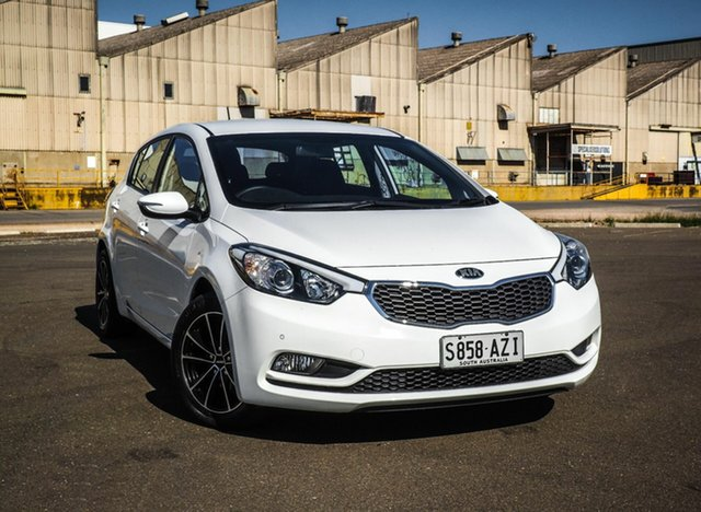 Used Kia Cerato TD MY13 S, 2013 Kia Cerato TD MY13 S White 6 Speed Sports Automatic Hatchback