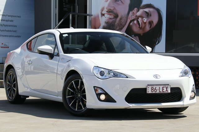 Used Toyota 86 ZN6 MY14 Upgrade GT, 2014 Toyota 86 ZN6 MY14 Upgrade GT Crystal Pearl 6 Speed Auto Sequential Coupe