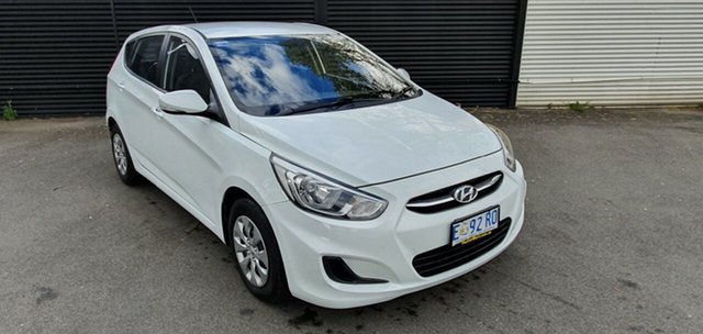 Used Hyundai Accent RB3 MY16 Active, 2015 Hyundai Accent RB3 MY16 Active Crystal White 6 Speed Constant Variable Hatchback