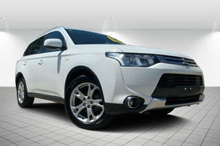 2014 Mitsubishi Outlander ZJ MY14.5 ES 2WD White 6 Speed Constant Variable Wagon.