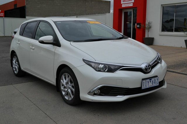 Used Toyota Corolla ZRE182R MY15 Ascent, 2016 Toyota Corolla ZRE182R MY15 Ascent White 7 Speed CVT Auto Sequential Hatchback
