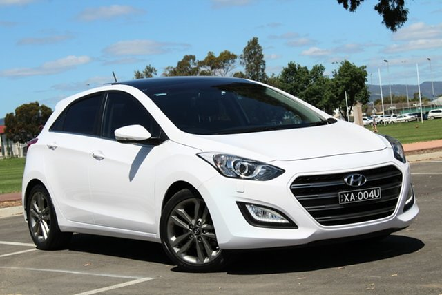 Used Hyundai i30 GD3 Series II MY16 Premium, 2015 Hyundai i30 GD3 Series II MY16 Premium White 6 Speed Manual Hatchback