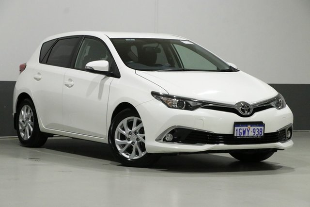 Used Toyota Corolla ZRE182R MY17 Ascent Sport, 2018 Toyota Corolla ZRE182R MY17 Ascent Sport White 7 Speed CVT Auto Sequential Hatchback