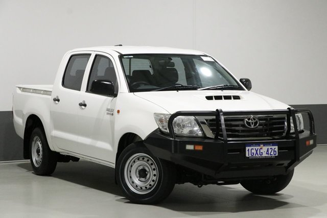 Used Toyota Hilux KUN16R MY14 SR, 2015 Toyota Hilux KUN16R MY14 SR White 5 Speed Manual Dual Cab Pick-up