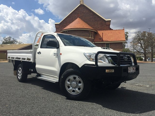 Used Toyota Hilux KUN26R MY12 SR (4x4), 2013 Toyota Hilux KUN26R MY12 SR (4x4) Glacier White 5 Speed Manual Cab Chassis