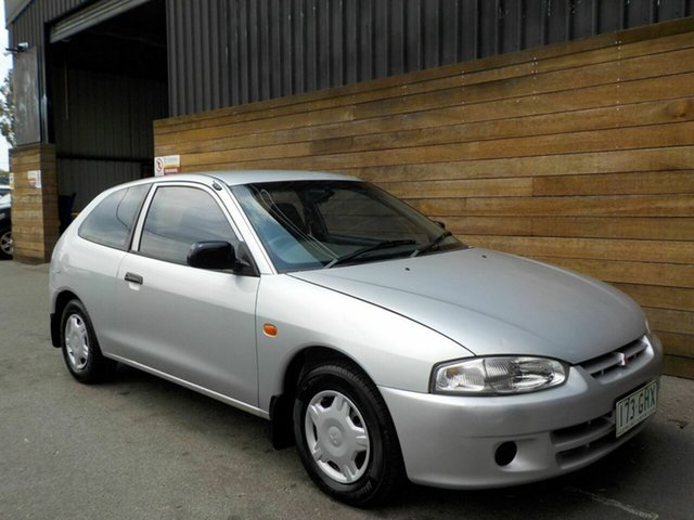 Used Mitsubishi Mirage CE , 2000 Mitsubishi Mirage CE Silver 5 Speed Manual Hatchback