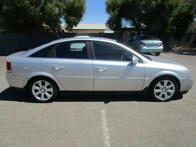 Used Holden Vectra ZC MY05 Upgrade CDX, 2006 Holden Vectra ZC MY05 Upgrade CDX 5 Speed Automatic Hatchback