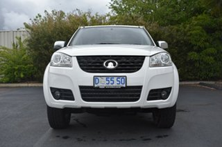 2014 Great Wall V200 K2 MY14 White 6 Speed Manual Cab Chassis.