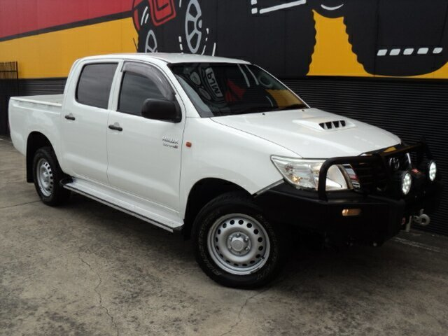 Used Toyota Hilux KUN26R MY14 SR Double Cab, 2014 Toyota Hilux KUN26R MY14 SR Double Cab Glacier White 5 Speed Automatic Utility