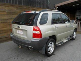 2008 Kia Sportage KM2 LX Gold 5 Speed Manual Wagon.
