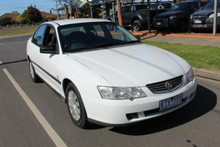 2002 Holden Commodore VY Executive White 4 Speed Automatic Sedan.