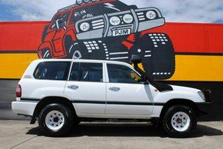 2006 Toyota Landcruiser HZJ105R Standard Super White 5 Speed Manual Wagon.