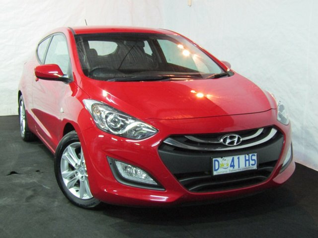 Used Hyundai i30 GD SE Coupe, 2013 Hyundai i30 GD SE Coupe Cool Red 6 Speed Manual Hatchback