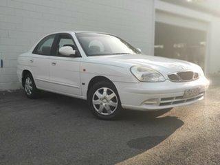1999 Daewoo Nubira J100 SE White 4 Speed Automatic Sedan.