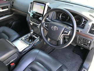 2016 Toyota Landcruiser VDJ200R MY16 VX (4x4) White 6 Speed Automatic Wagon.
