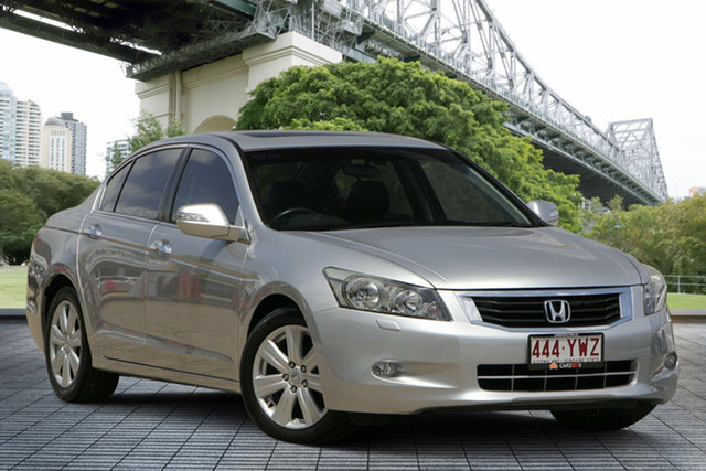 Used Honda Accord 8th Gen V6 Luxury, 2008 Honda Accord 8th Gen V6 Luxury Silver 5 Speed Sports Automatic Sedan