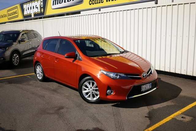 Used Toyota Corolla ZRE182R Ascent, 2014 Toyota Corolla ZRE182R Ascent Orange 6 Speed Manual Hatchback
