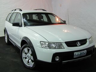 2006 Holden Adventra VZ MY06 SX6 Heron White 5 Speed Automatic Wagon.