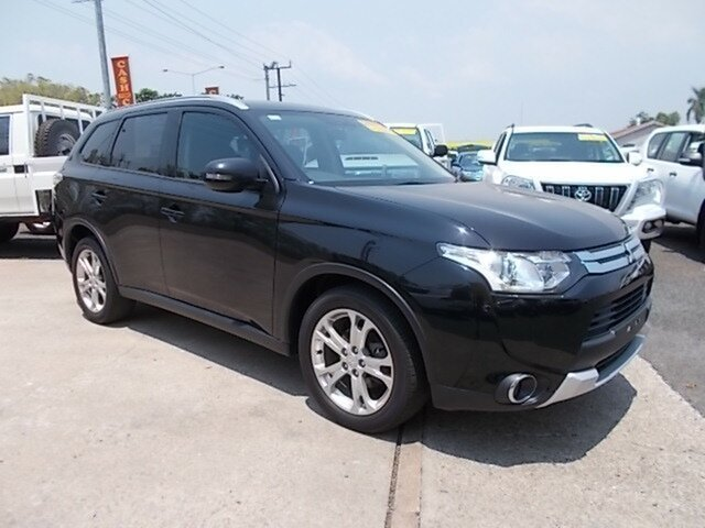 Used Mitsubishi Outlander ZJ MY14.5 ES 2WD, 2014 Mitsubishi Outlander ZJ MY14.5 ES 2WD Black 6 Speed Constant Variable Wagon