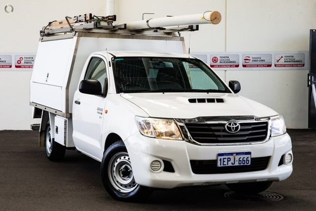 Used Toyota Hilux KUN16R MY14 SR, 2014 Toyota Hilux KUN16R MY14 SR Glacier White 5 Speed Manual Cab Chassis