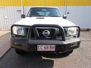 2005 Nissan Patrol GU IV MY05 DX White 5 Speed Manual Wagon.