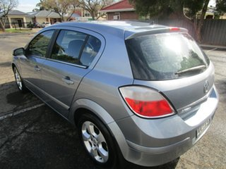 2006 Holden Astra AH MY06 CDX 5 Speed Manual Hatchback