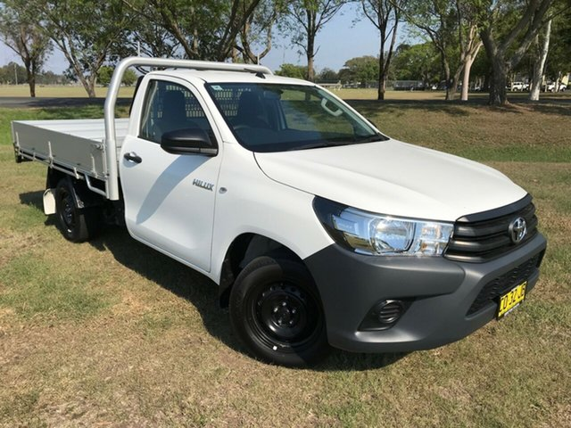 Used Toyota Hilux TGN121R MY17 Workmate, 2017 Toyota Hilux TGN121R MY17 Workmate Glacier White 5 Speed Manual Cab Chassis