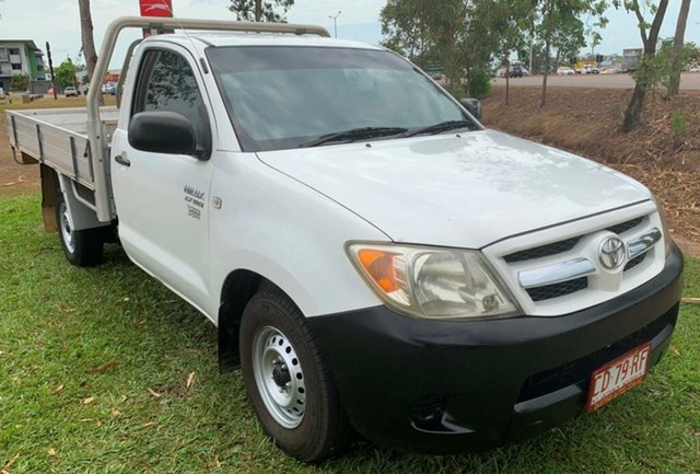 Used Toyota Hilux TGN16R MY07 Workmate 4x2, 2006 Toyota Hilux TGN16R MY07 Workmate 4x2 White 5 Speed Manual Cab Chassis