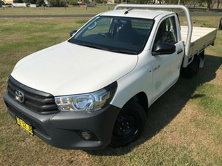 2017 Toyota Hilux TGN121R MY17 Workmate Glacier White 5 Speed Manual Cab Chassis.