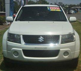 2009 Suzuki Grand Vitara White Manual Wagon.