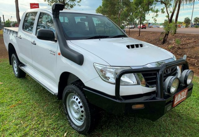 Used Toyota Hilux KUN26R MY14 SR Double Cab, 2015 Toyota Hilux KUN26R MY14 SR Double Cab White 5 Speed Automatic Utility