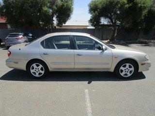 2001 Nissan Maxima A33 TI 4 Speed Automatic Sedan.