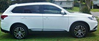 2018 Mitsubishi Outlander LS White Constant Variable Wagon