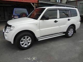 2010 Mitsubishi Pajero NT MY10 GLX LWB (4x4) White 5 Speed Auto Sports Mode Wagon.
