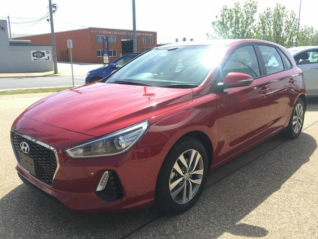 Used Hyundai i30 PD MY18 Active, 2017 Hyundai i30 PD MY18 Active Red 6 Speed Sports Automatic Hatchback