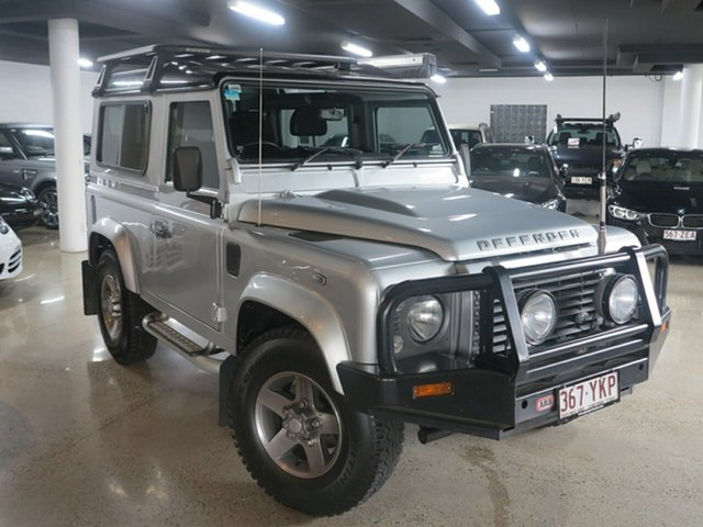 Used Land Rover Defender 90 MY16 AWD, 2015 Land Rover Defender 90 MY16 AWD Silver 6 Speed Manual Wagon