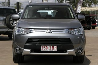 2014 Mitsubishi Outlander ZJ MY14.5 ES 4WD Silver 6 Speed Constant Variable Wagon.