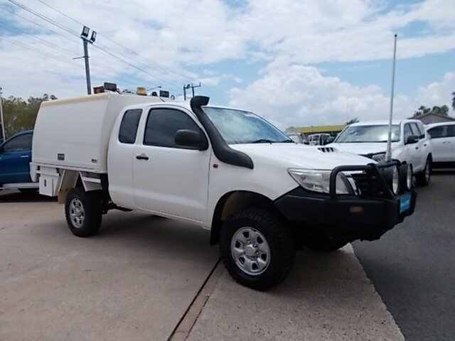 Used Toyota Hilux KUN26R MY12 SR Xtra Cab, 2012 Toyota Hilux KUN26R MY12 SR Xtra Cab White 5 Speed Manual Cab Chassis