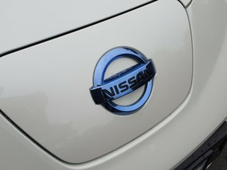 2012 Nissan Leaf ZE0 Polar White 1 Speed Reduction Gear Hatchback