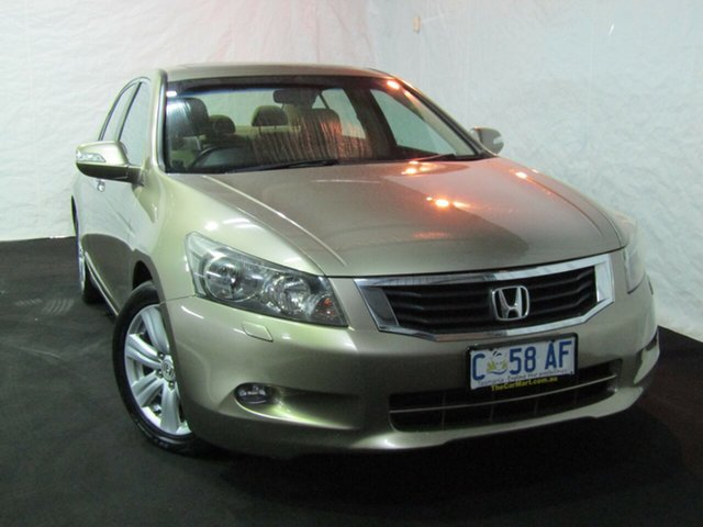 Used Honda Accord 8th Gen V6 Luxury, 2009 Honda Accord 8th Gen V6 Luxury Gold 5 Speed Sports Automatic Sedan