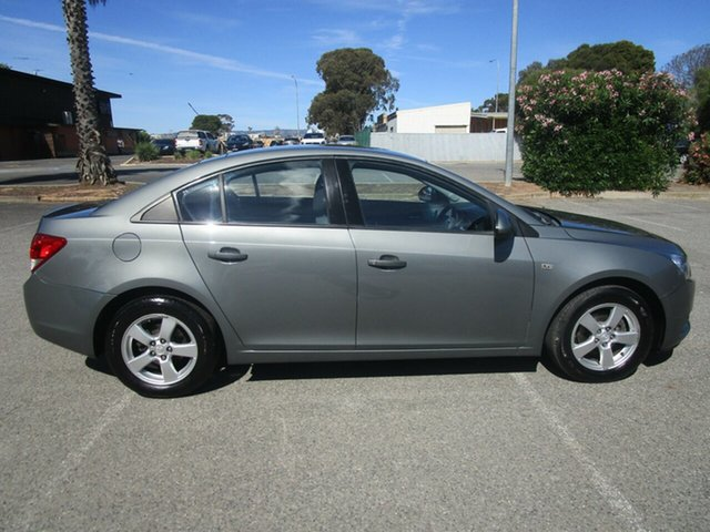 Used Holden Cruze JG CD, 2011 Holden Cruze JG CD 5 Speed Manual Sedan