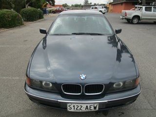 1998 BMW 528i 5 Speed Auto Steptronic Sedan.