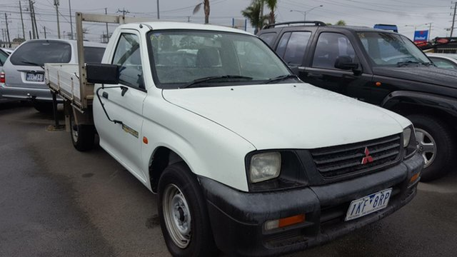 Used Mitsubishi Triton MK GL 4x2, 1998 Mitsubishi Triton MK GL 4x2 White 5 Speed Manual Cab Chassis