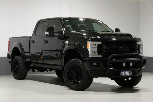 Used Ford F350  , 2018 Ford F350 Lariat Black Ops Dual Cab