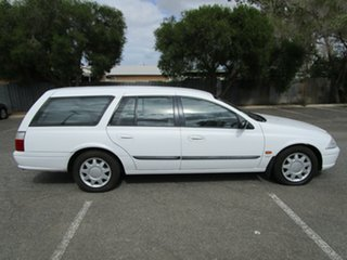 2000 Ford Falcon AUII Forte 4 Speed Automatic Wagon.