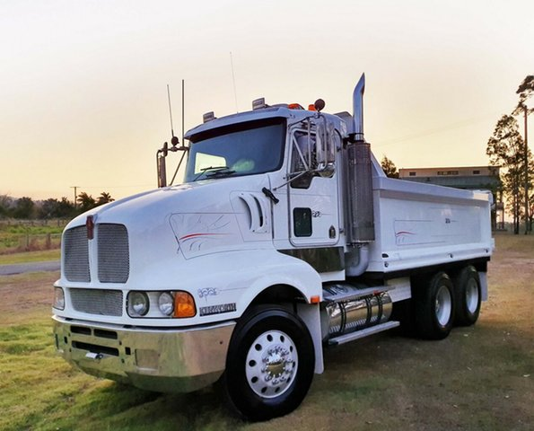Used Kenworth T604  (6x4), 2007 Kenworth T604 (6x4) White Cab Chassis 14.0l 6x4