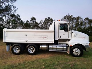2007 Kenworth T604 (6x4) White Cab Chassis 0.0l 6x4.